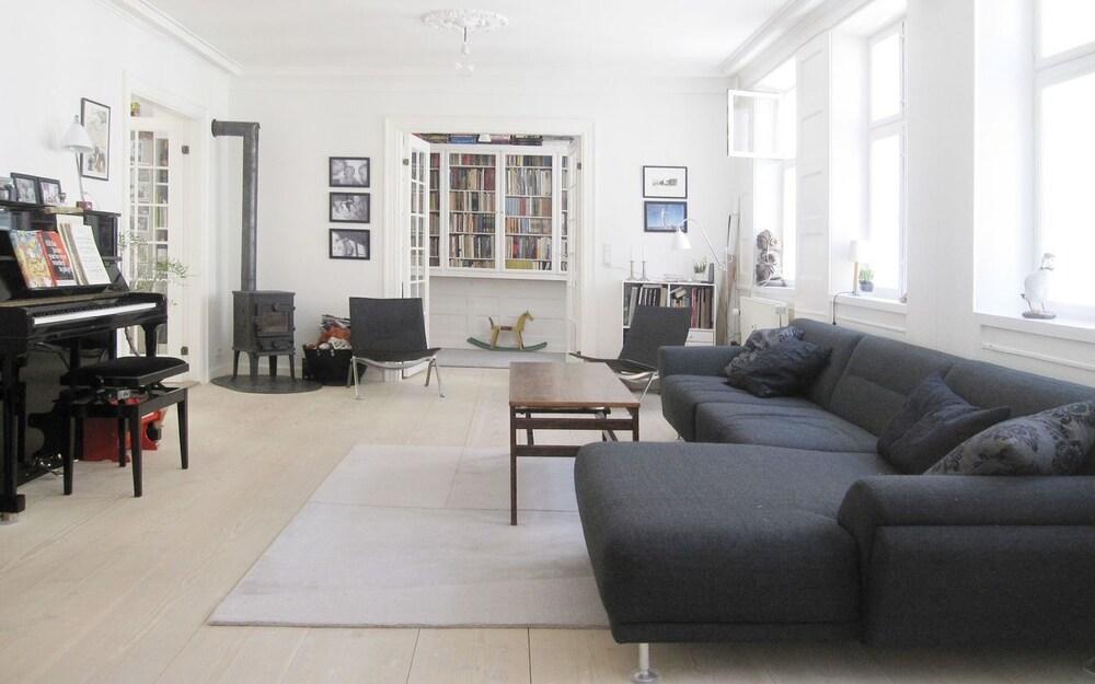 Apartment Fiolstræde 17 1