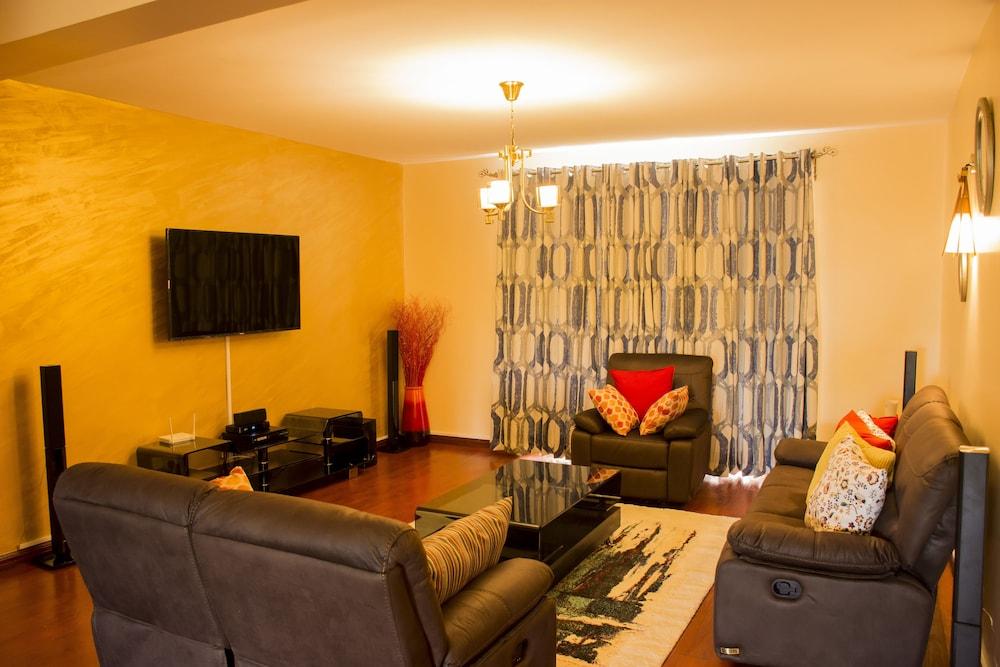 Exquisite Serviced Apartment