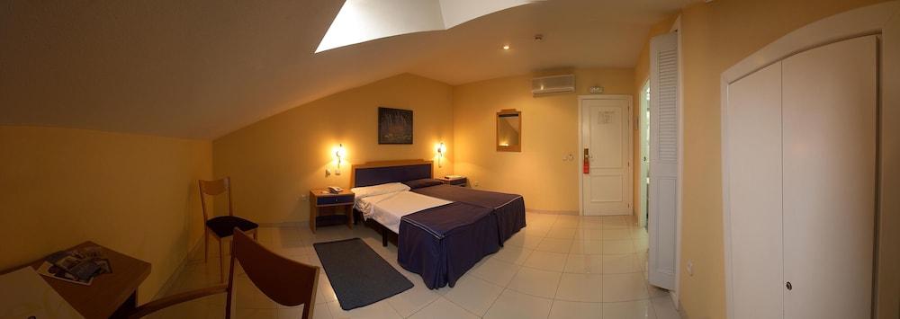 Gallery image of MC Villa de Pinto