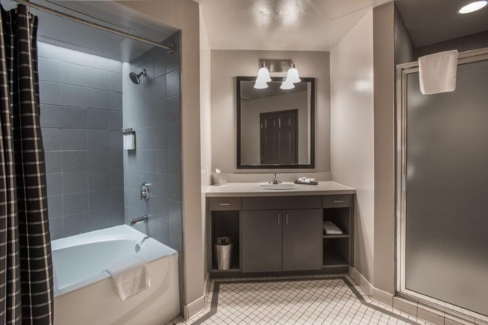 Gallery image of Magnolia Hotel Dallas Downtown