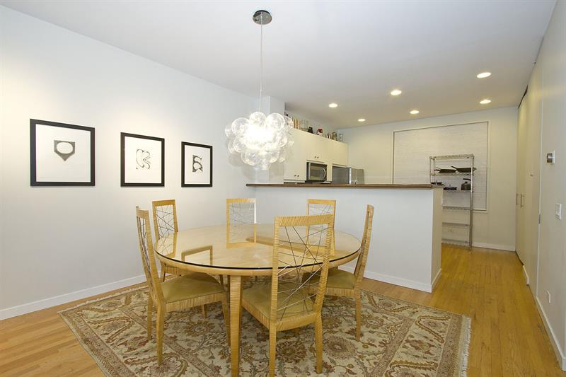 Artsy 3BR in River West by Sonder