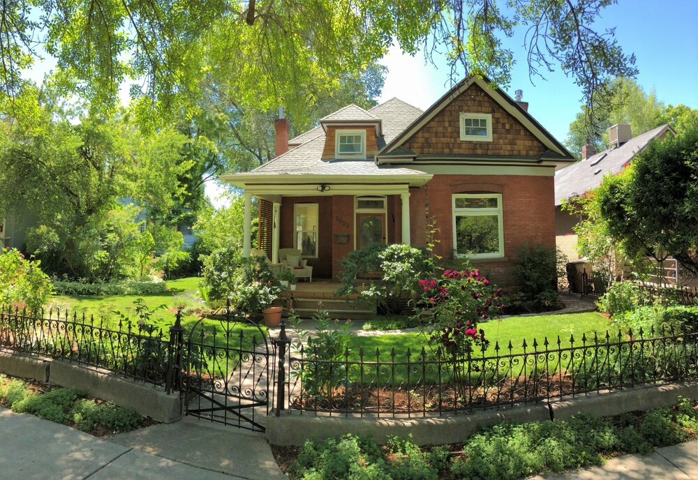 Completely Updated Victorian style Home Near Downtown
