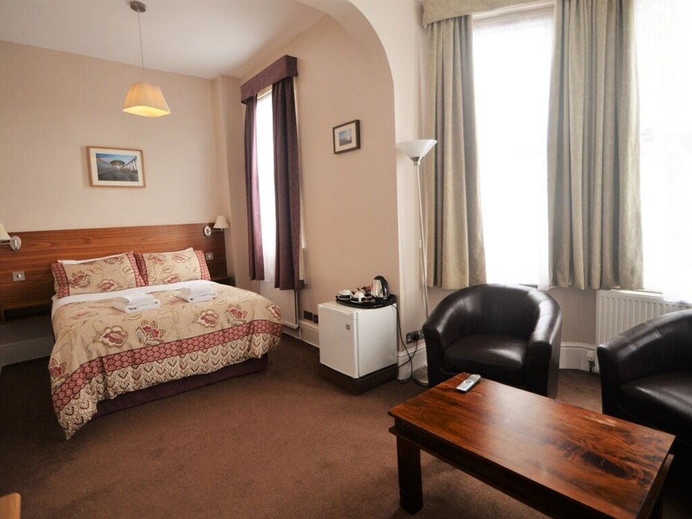 Gallery image of Gateway Hotel