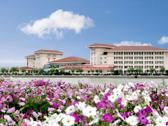 Junhui Jianguo Hotel