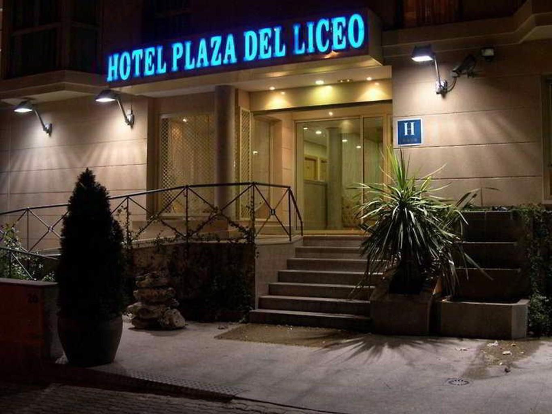 A&H Plaza Del Liceo