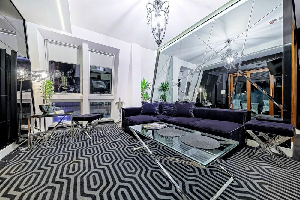 Gallery image of Bayjonn Boutique Hotel