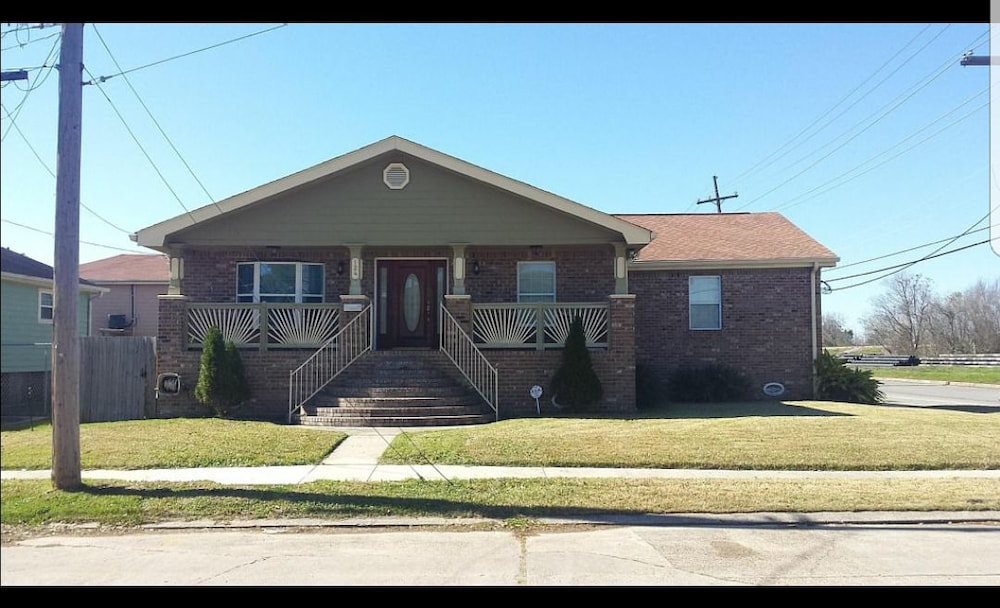 Beautiful 3 BR home
