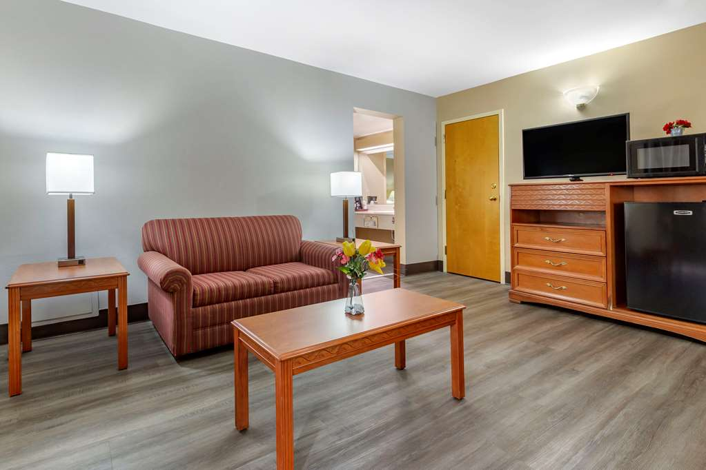 Gallery image of Econo Lodge Southern Pines