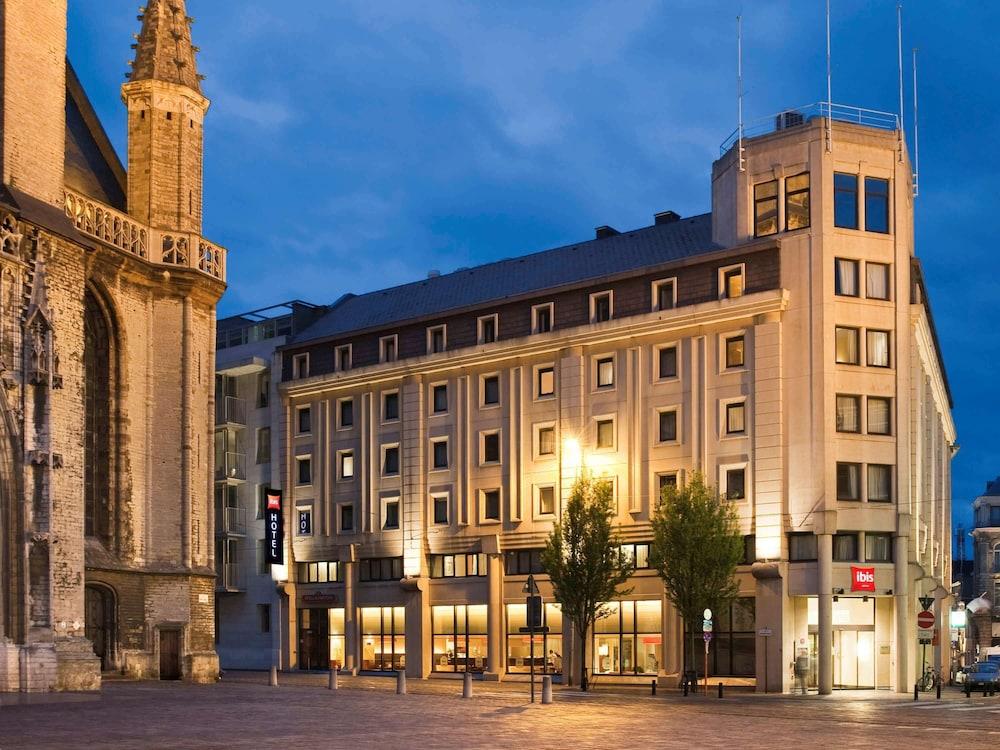 Gallery image of ibis Gent Centrum St Baafs Kathedraal