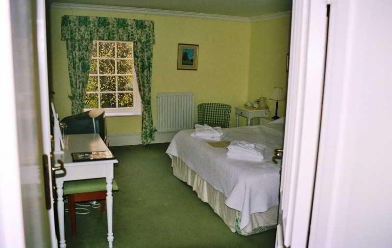 Gallery image of Priory Bay Hotel