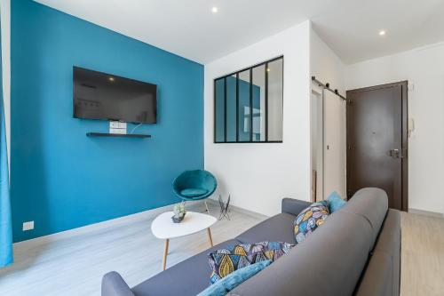 Appart entier avec 1 chambre 4 personnes max internet Entire Flat with 1 bedroom for 4 people max internet