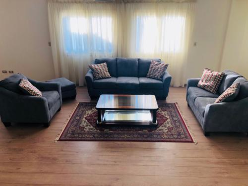 Luxury 230m2 3 beds apartment in Gharb el Golf compound