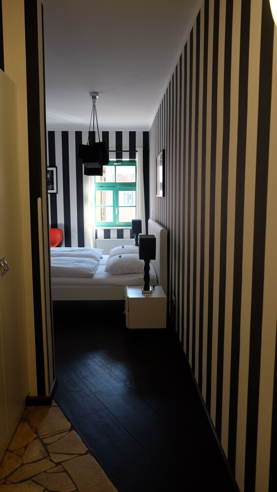 Gallery image of Backstage Hotel