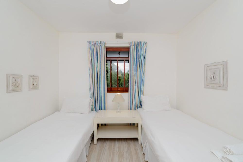 San Lameer Villa Rentals 3008