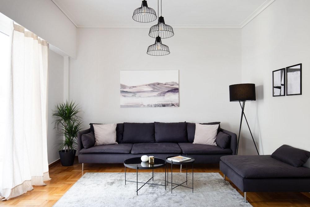 Elegant Kolonaki 2BD Apartment by UPSTREET