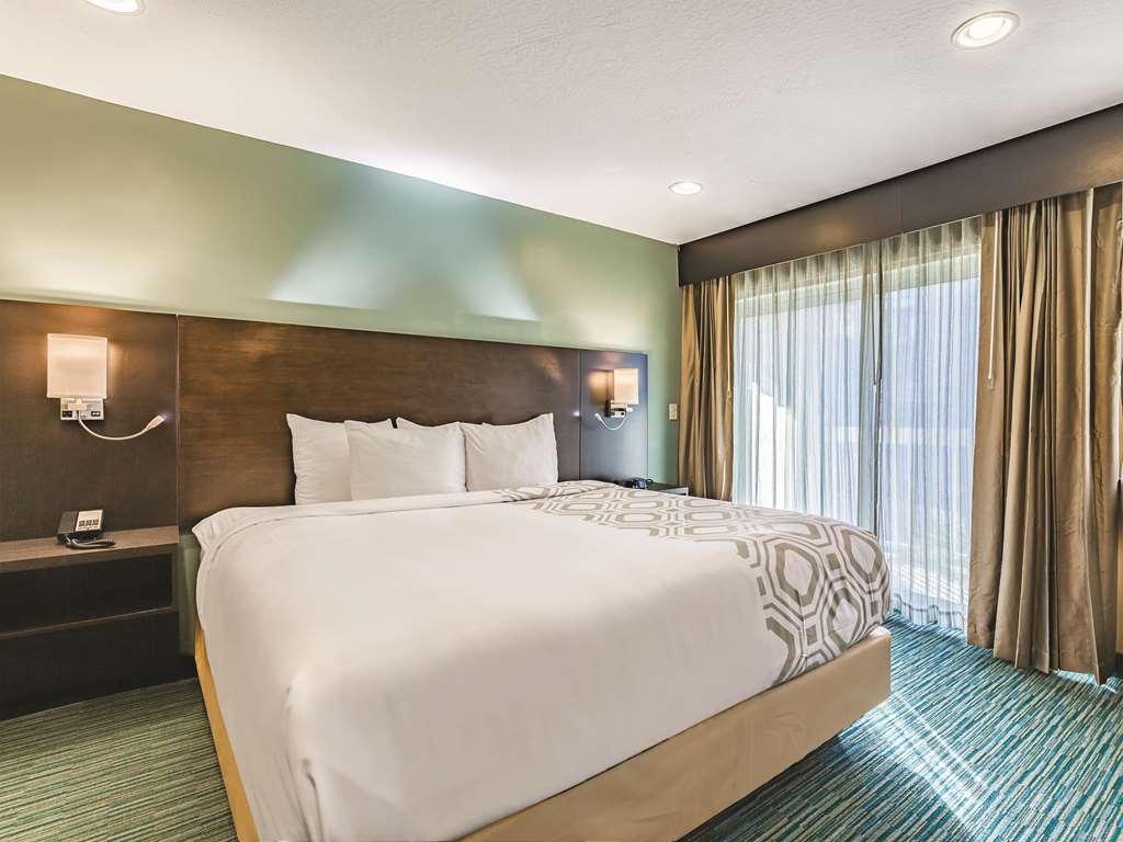 Gallery image of La Quinta Inn & Suites by Wyndham San Francisco Airport West