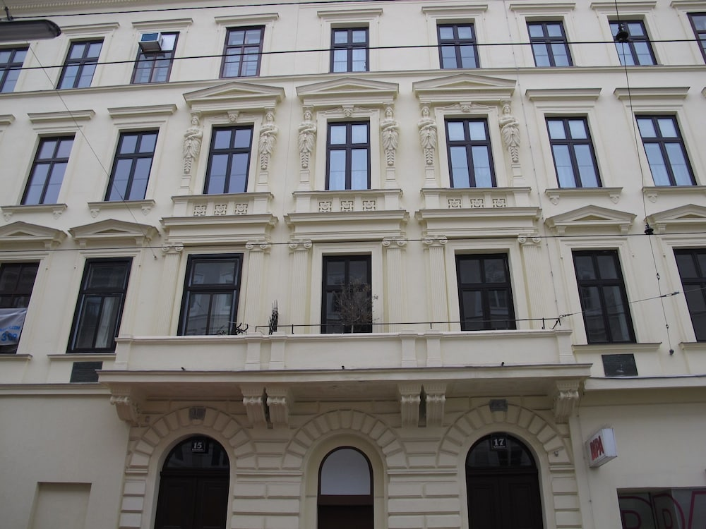 Central Vienna Living Premium Suite