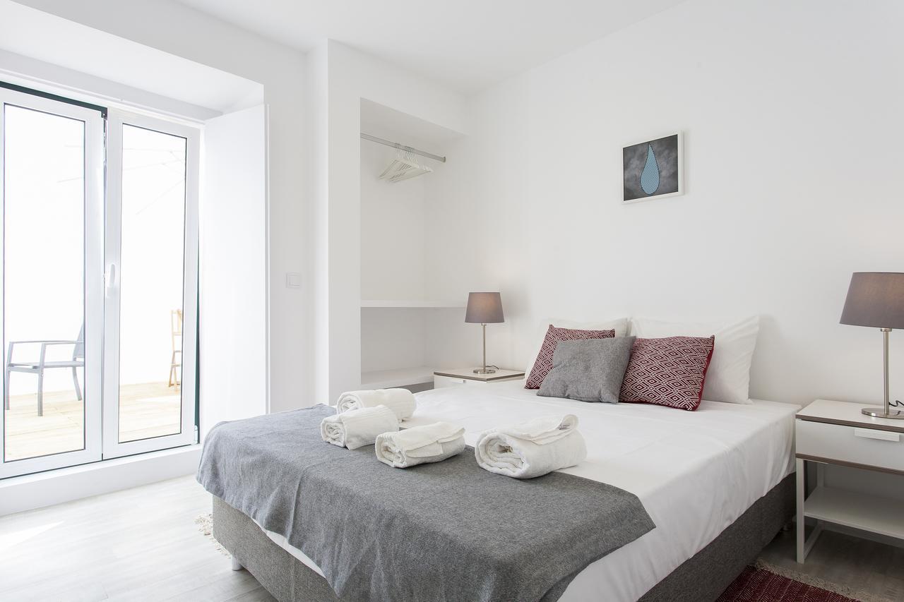 Castelo Picão Apartments