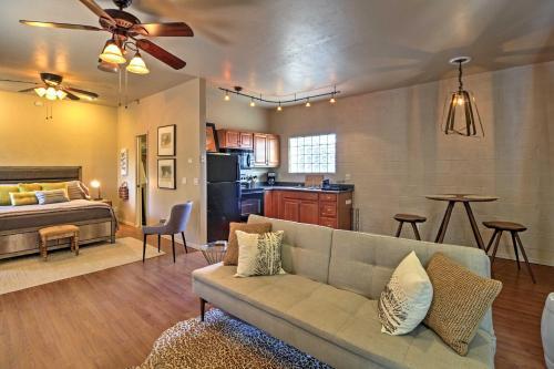 Cozy Tucson Studio Cottage 4 Miles to Downtown