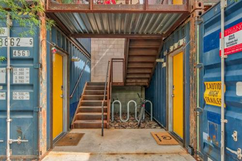 Trendy 1BR Cargo Container byWanderJaunt