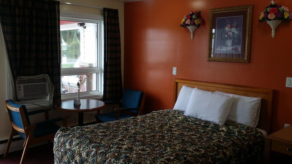 Gallery image of River Mist Inn