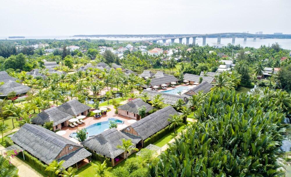 Boutique Cam Thanh Resort