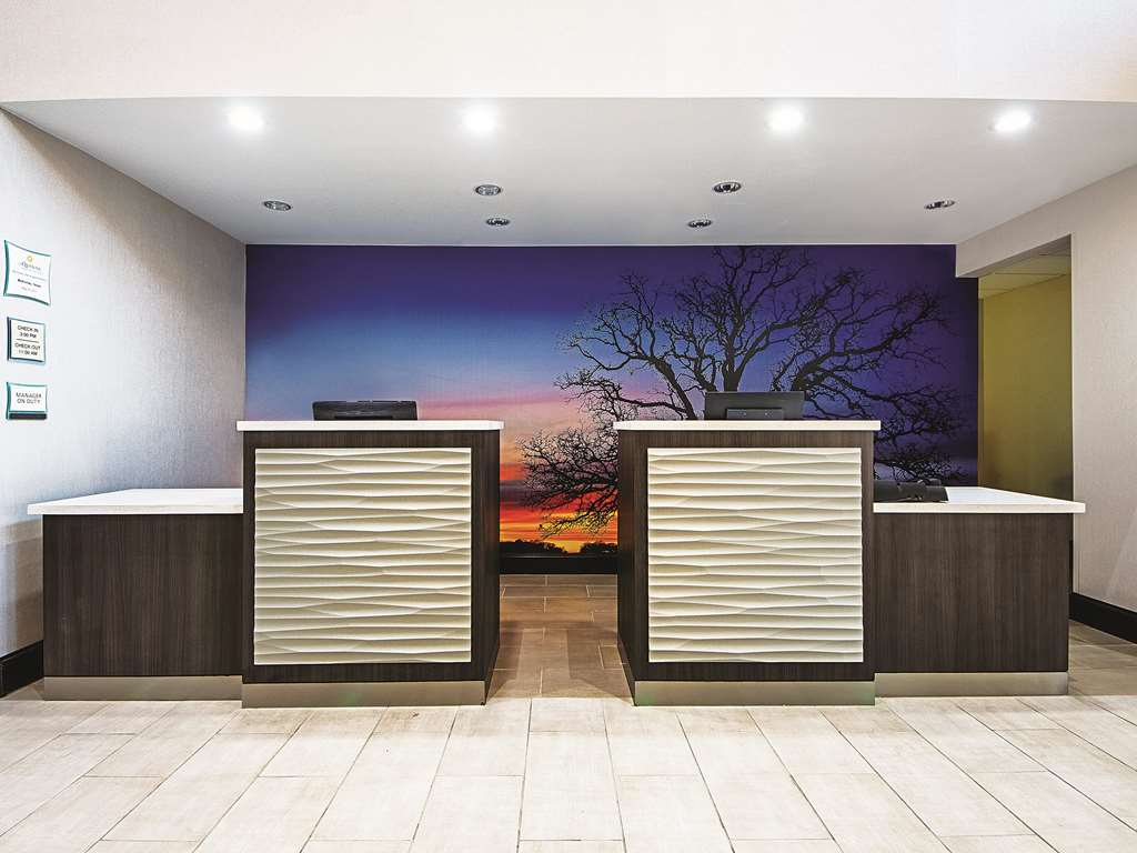 Gallery image of La Quinta Inn & Suites by Wyndham McKinney