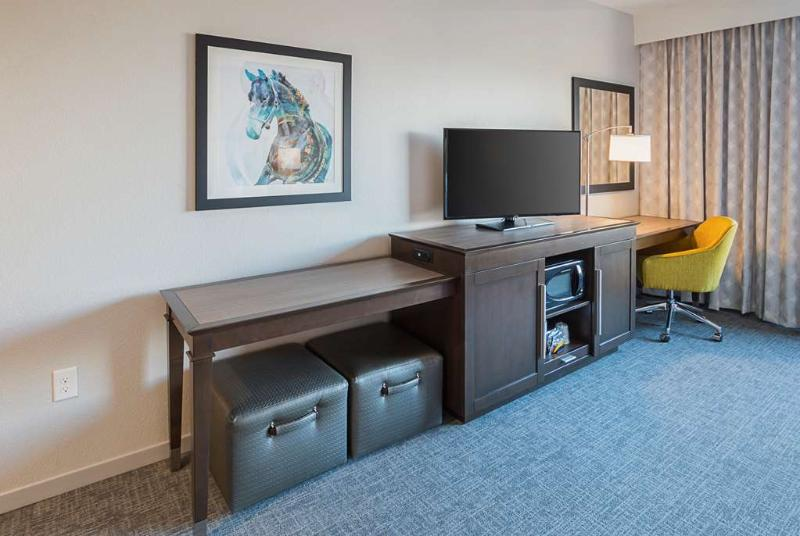 Hampton Inn & Suites Colleyville DFW Airport West