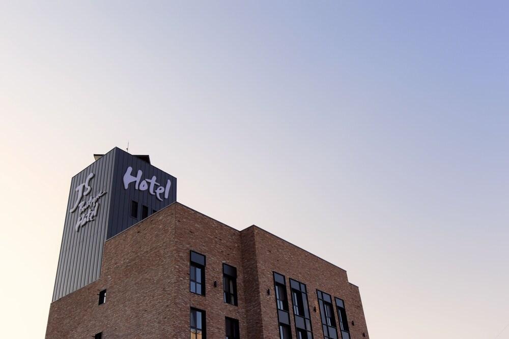 GM JS Boutique Hotel