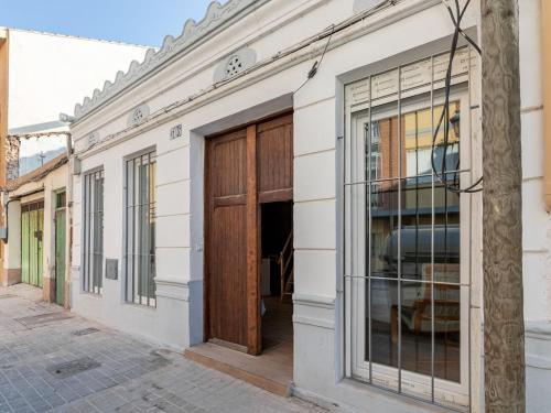 Elegant Holiday Home in Valencia near Seabeach
