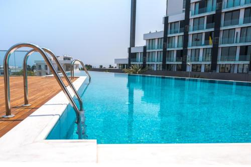 Brand New w Rooftop Pool in The Heart of Kyrenia