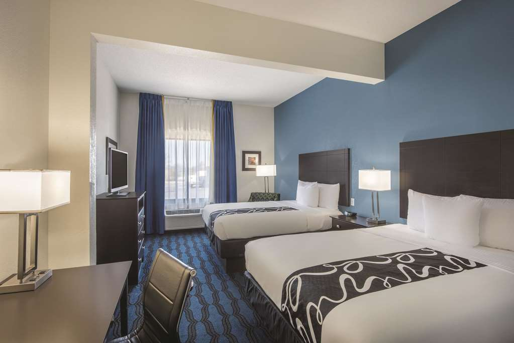 Gallery image of La Quinta by Wyndham St. Louis Airport Riverport