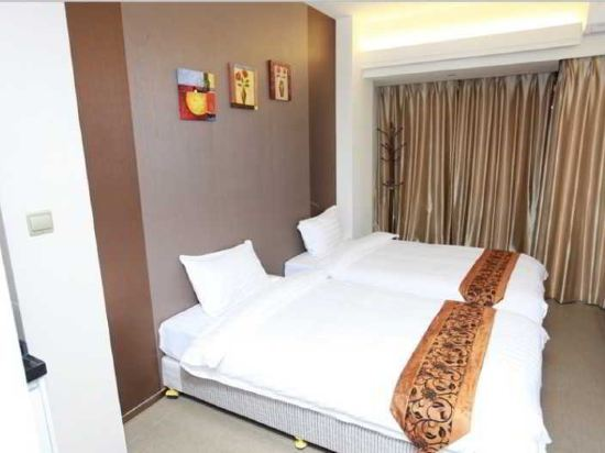 Gallery image of Tenda Hotel Zhuhai