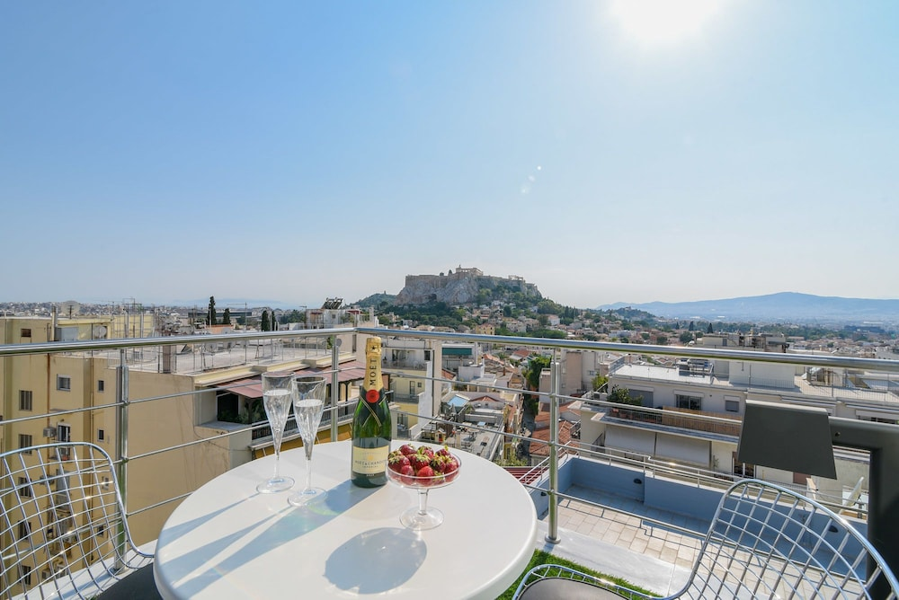 Majestic homm Penthouse in the heart of Plaka