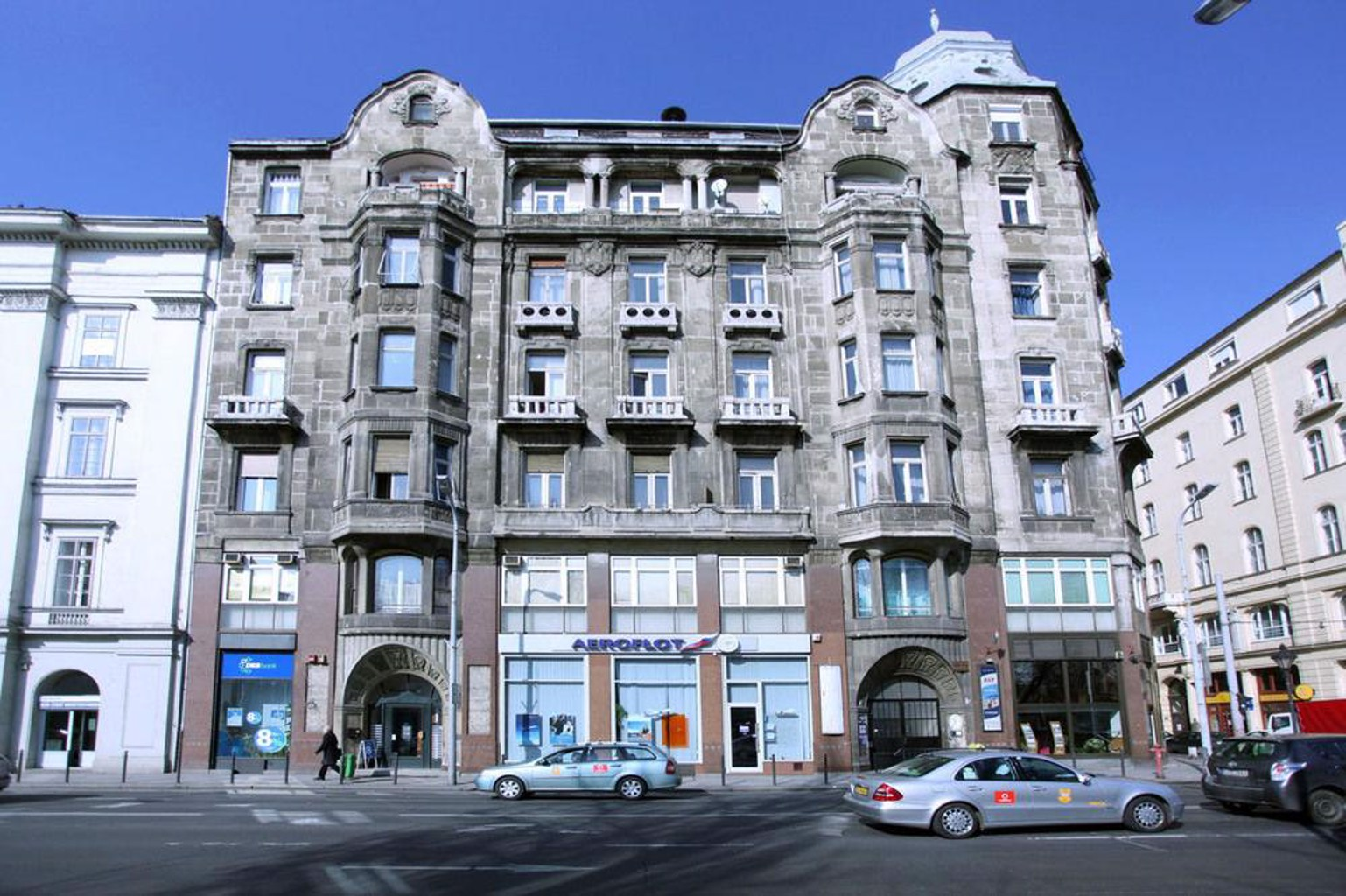 Hi5 Apartments Basilica
