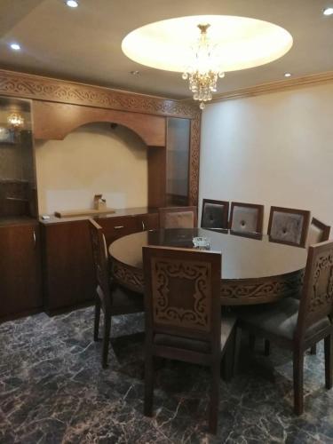 Apartment in Zaki Osman street