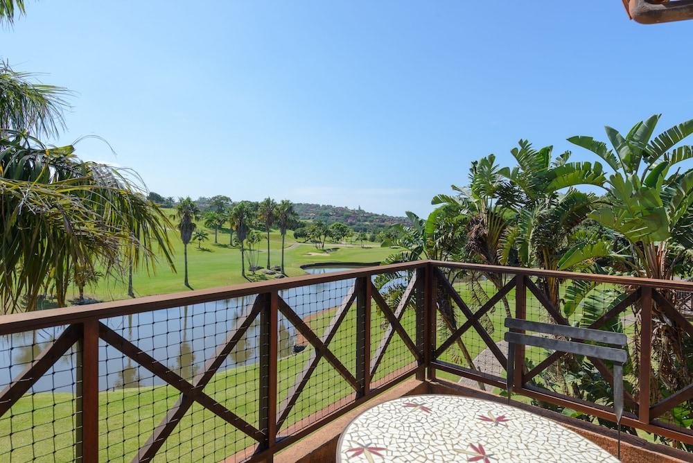 San Lameer Villa Rentals 10432