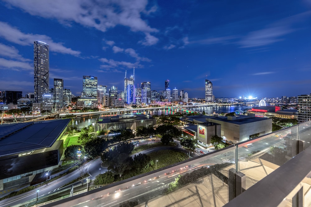Airhome Southbank Riverside Tower