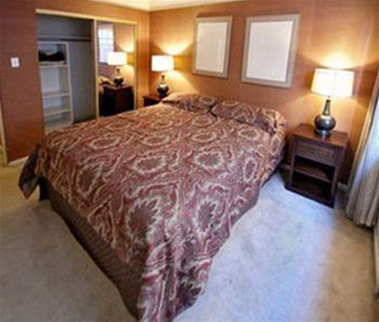The Cambridge Condo Suites