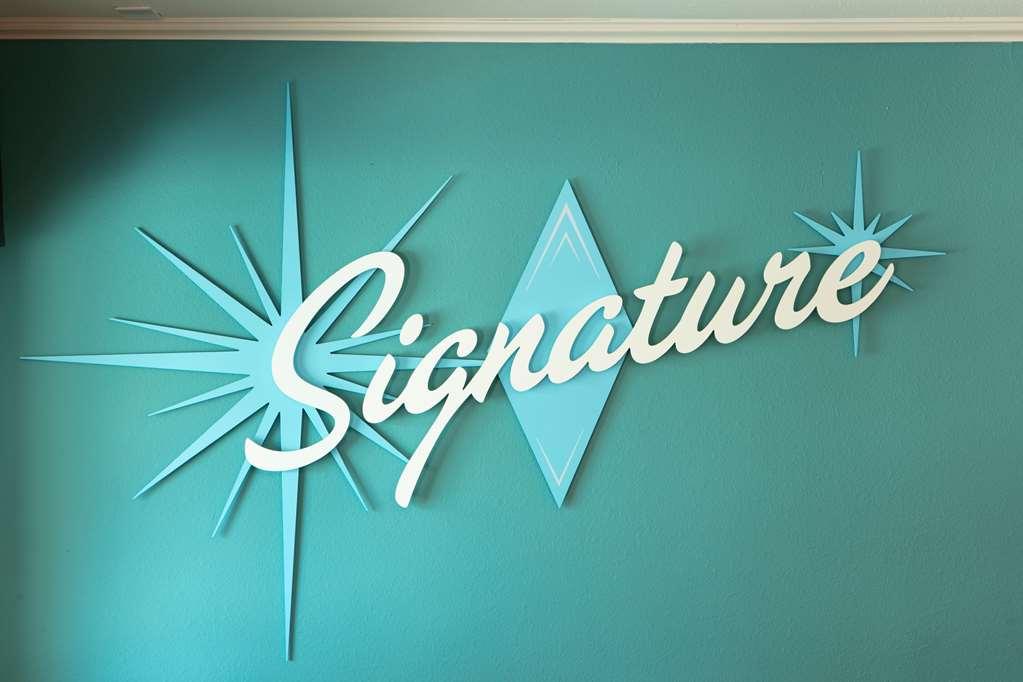 Gallery image of Signature Temecula