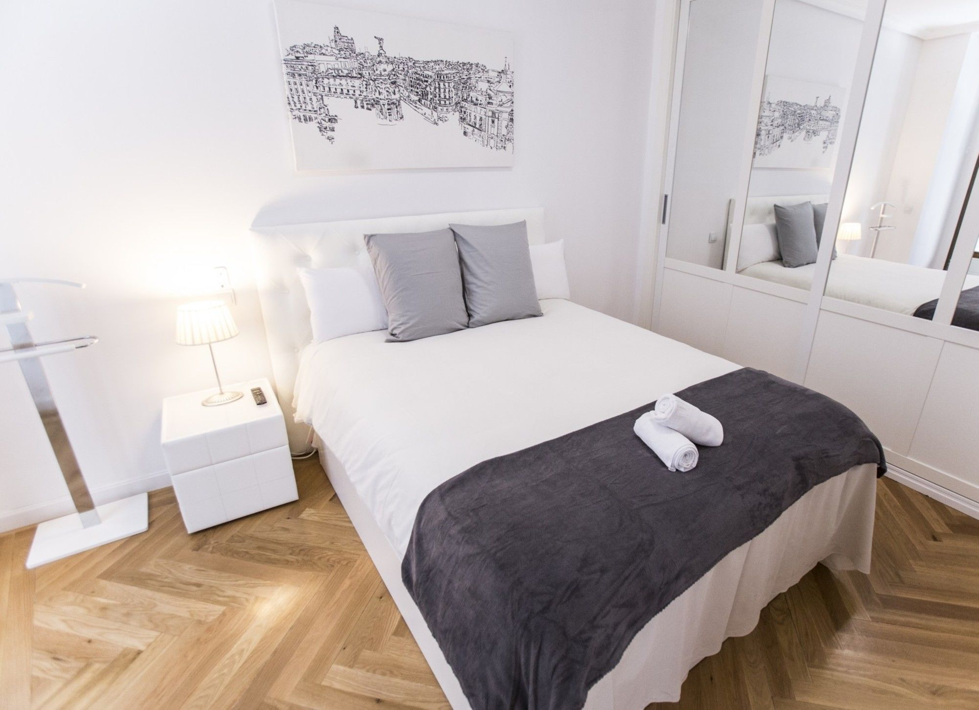 Forever Young Apartments Caballero