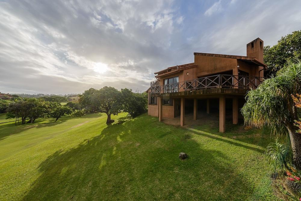 San Lameer Villa Rentals 14109