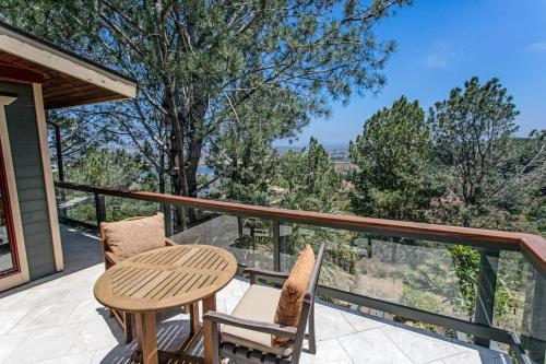 Del Mar Tree House Views for Days Perched atop Del Mar home