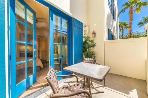 Lux Villa With Fountain View Condo