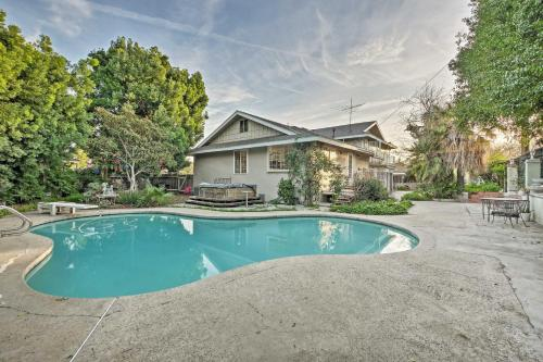 Santa Ana Home with Pool 15 Minutes to Disney