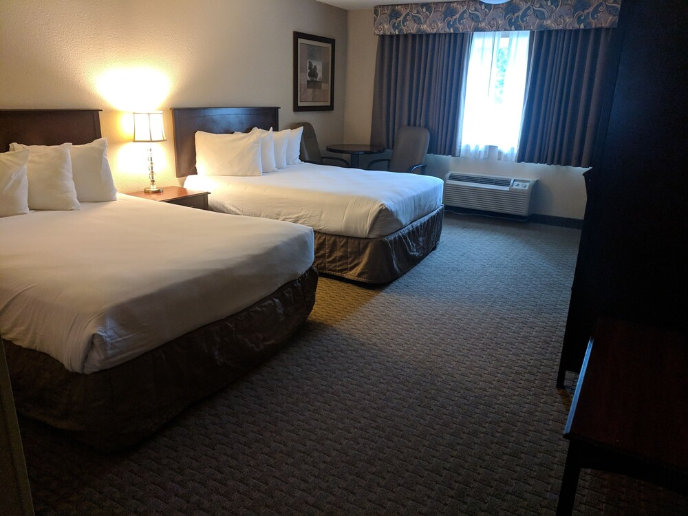 Gallery image of Red Lion Inn & Suites Vancouver