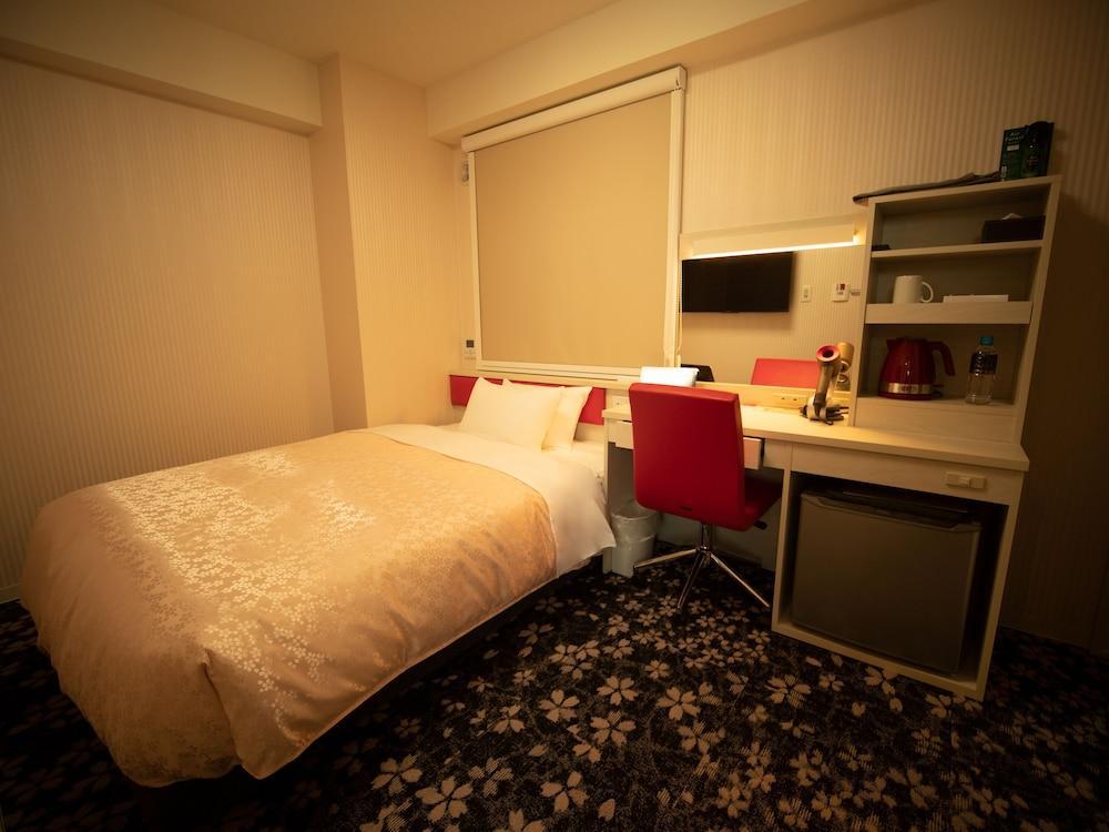 Hotel Front Inn Fukuoka airport