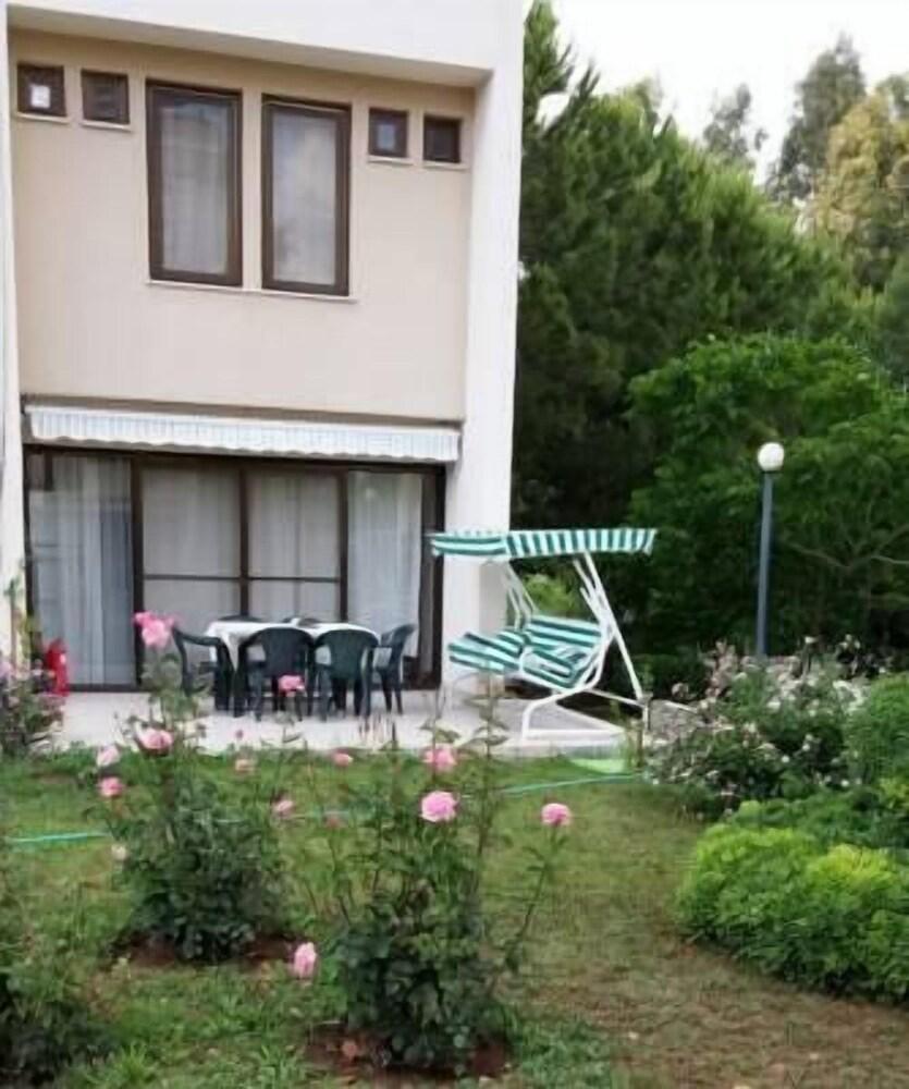 Butik Villas 5 Floor Mansion
