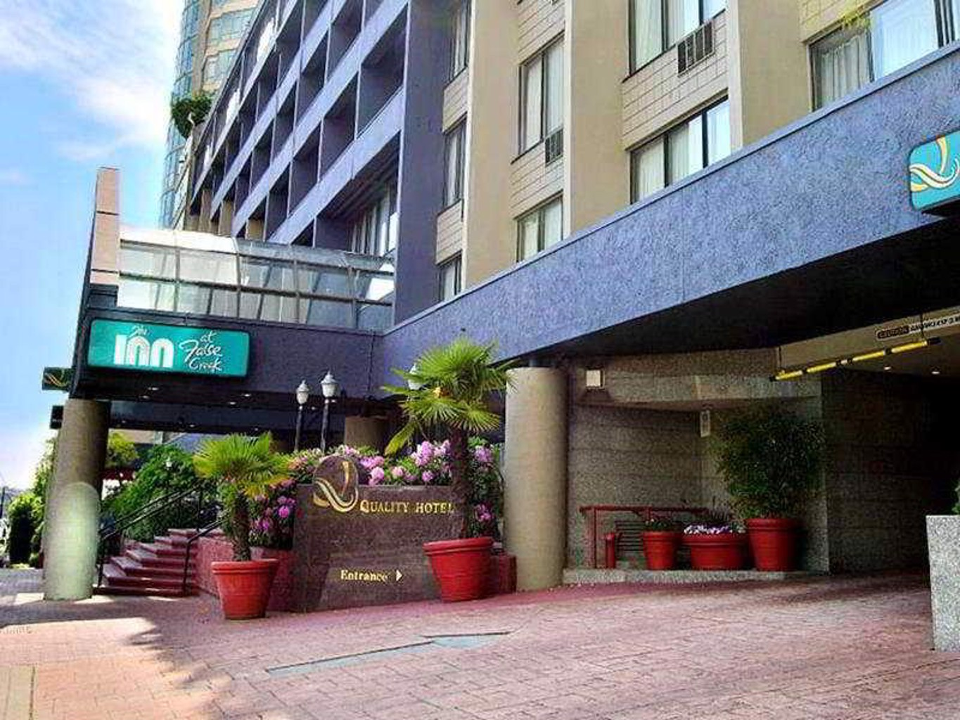 Quality Inn Hotel Downtown Vancouver
