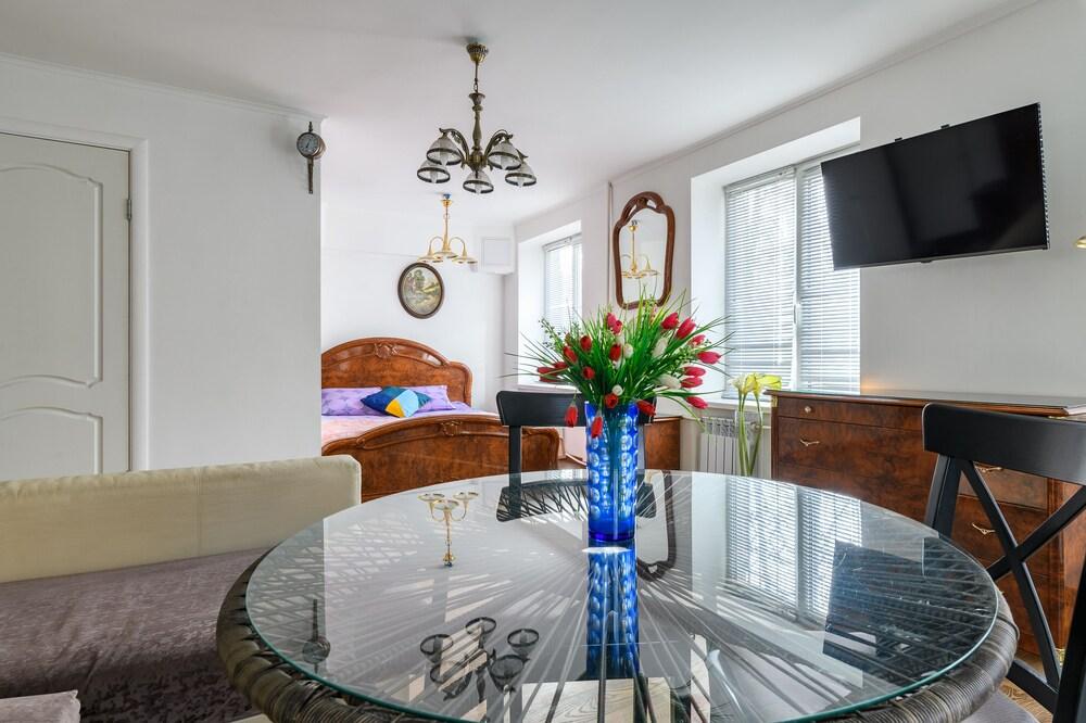 RentalSPb Altayskaya Apartment
